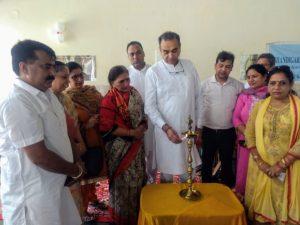 सोशल वेलफेयर बोर्ड द्वारा चण्डीगढ़ के गांव सारंगपुर के समुदाय केन्द्र में जागरूकता कैम्प लगाया गया।